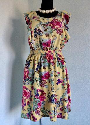 Нежное легкое винтажное ретро чайное платье волан рюши  из вискозы от next