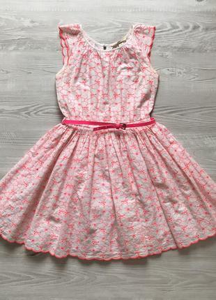 Очень красивое нарядное пышное платье для девочки