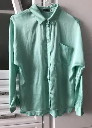 Базовая мятная блуза из атласа