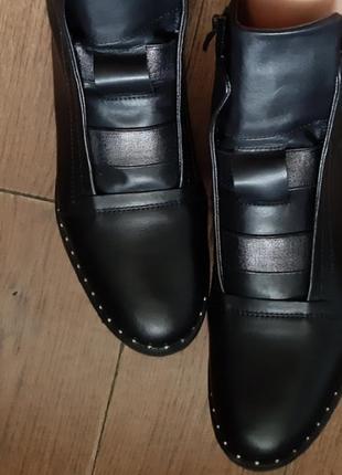Демисезонные кожаные ботинки 39 р1 фото