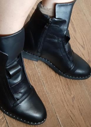 Демисезонные кожаные ботинки 39 р9 фото