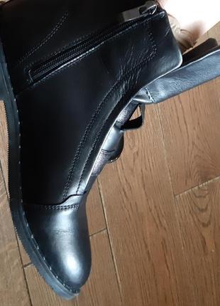 Демисезонные кожаные ботинки 39 р10 фото