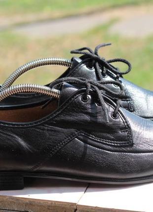 Фирменные кожаные туфли 40-41 hush puppies
