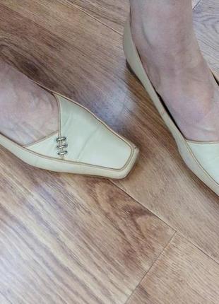 Удобные кожаные туфельки