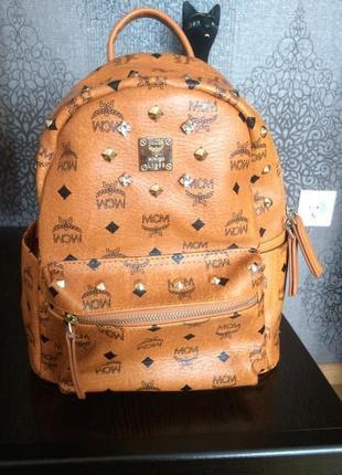 Mcm продам брендовый рюкзак