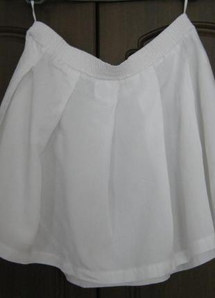 Расклешенная белая мини юбка / юбка для тенниса