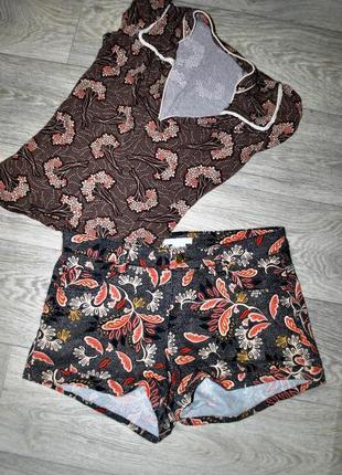 Комплект шорты и футболка коричневые лот одежды s h&m