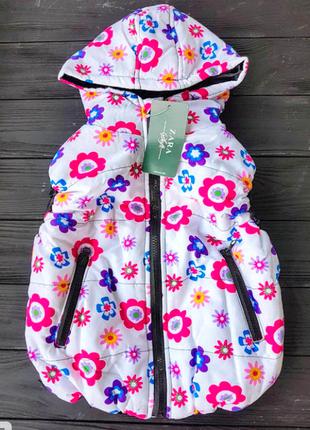 В наличии теплая красивая жилетка zara на синтепоне для девочки