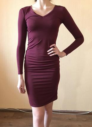 Облегающее обтягивающее платье миди бордо осеннее зимнее весеннее