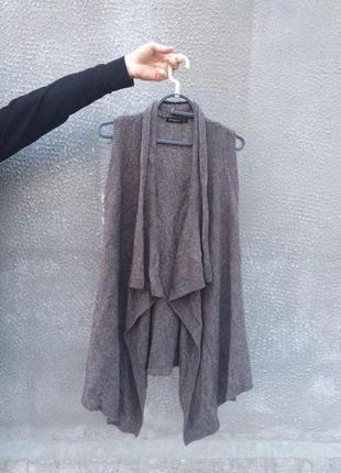 Модная накидка свободного кроя