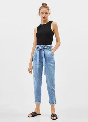 Джинси джинсы з пояском bershka