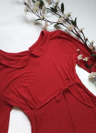Трикотажное красное платье с воротником, длинные рукава, в стиле 60х
