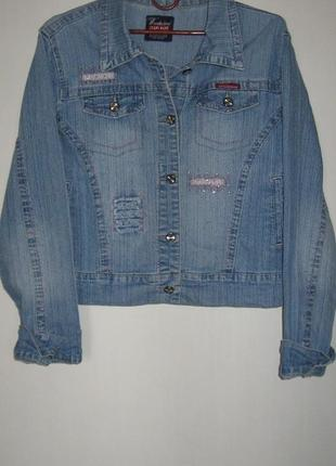 Куртка джинсовая с аппликацией и стразами wonderland