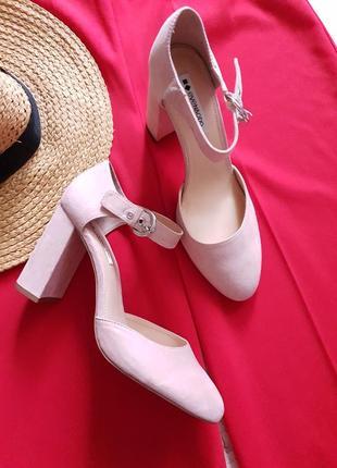 Нежно розовые туфли even&odd