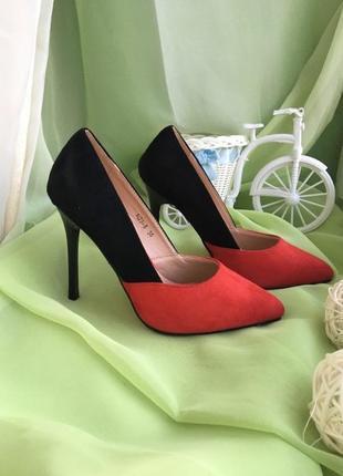 Эффектные туфли лодочки, размер 39