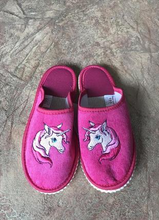 Розовые тапочки на девочку с единорогами