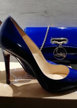 Туфли и клатч,  оригинальный комплект christian louboutin