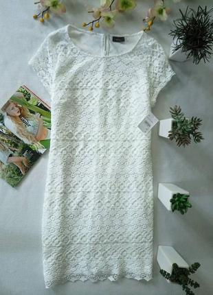 Белое платье шитьём