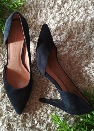 Красивенные туфли next натуральный замш, натуральная кожа