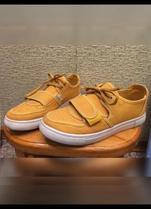 Продам кеды кроссовки