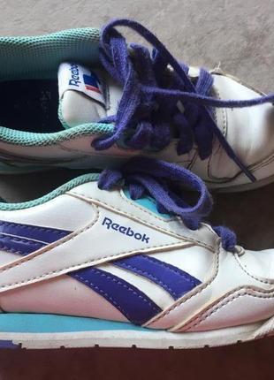 Reebok кожаные кроссовки размер 28