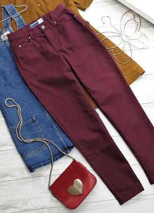 Бордовые джинсы мом с высокой талией 171108 liz claiborne размер 6р (xs)