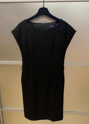 Абсолютно новое чёрное шерстяное платье mexx