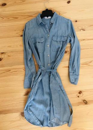 Джинсовое платье- рубашка mango
