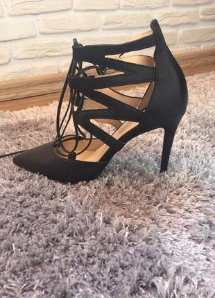 Итальянские туфли из натуральной кожи bianca di