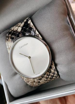 - 63% | часы женские швейцарские calvin klein k5v231l6 (оригинальные, новые с биркой)