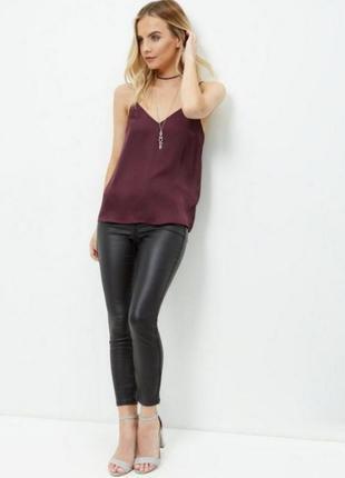 Шелковая атласная маечка топ в бельевом стиле цвет марсала от new look