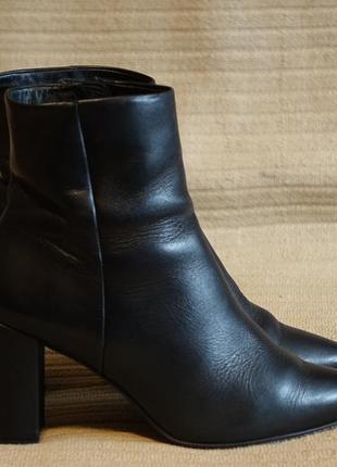 Красивые стильные черные кожаные полусапожки на высоком каблуке högl австрия 5 1/2