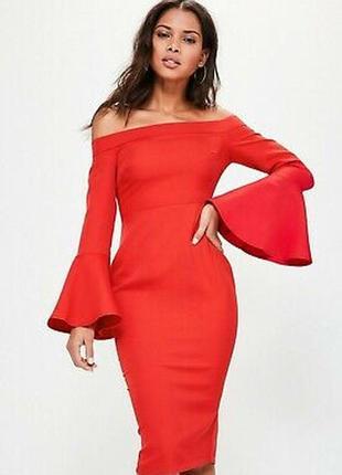 Облегающее платье миди с открытыми плечами1 фото