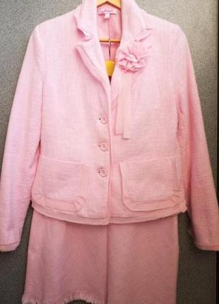 Костюм (пиджак и юбка) 44 размер