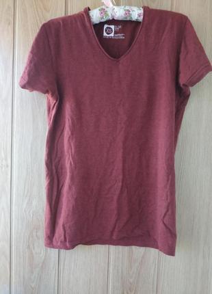 Женская футболка slim fit