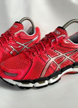 Бігові кросівки для залу фітнесу беговые кроссовки для зала фитнеса asics gel kayano 19