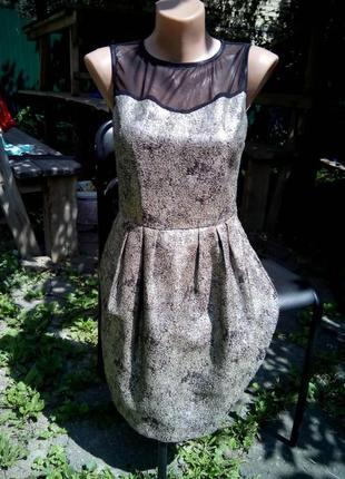 Красивое коктейльное платье бренда lime