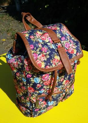 Тканевый легкий рюкзак