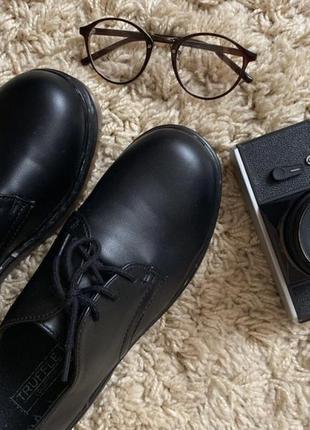 Туфли оксфорды в стиле dr. martens новые