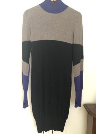 Шерстяное  платье итальянского бренда who*s who