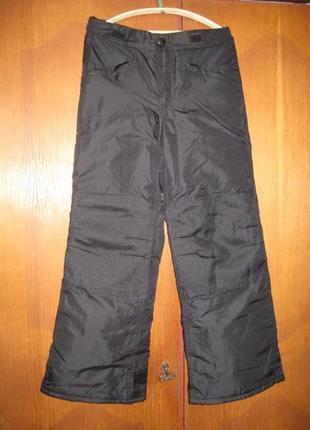 Лыжные штаны сherokee  талия - 64 - 70 см, длина - 81 см.