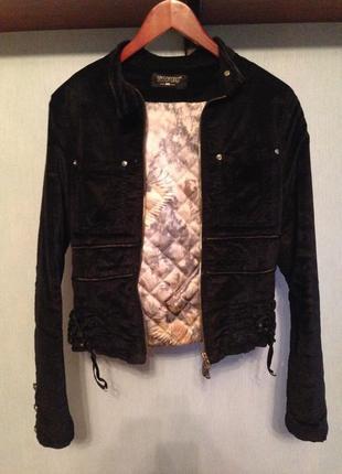 Куртка замшевая sassofono осень-зима утепленная с вышивкой на спине