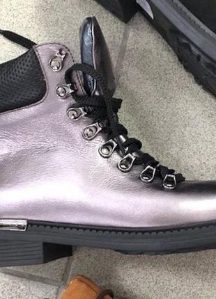 Зимние кожаные ботинки женские платина
