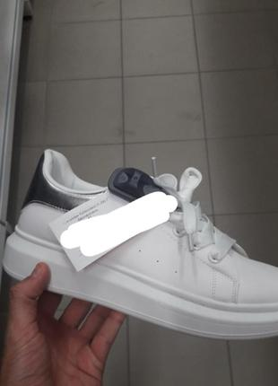 Стильные белые кроссовки на толстой подошве большой размер4 фото