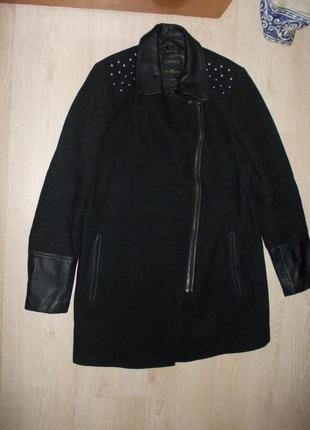 В наличии модное пальто косуха,фирма bonobo jeans