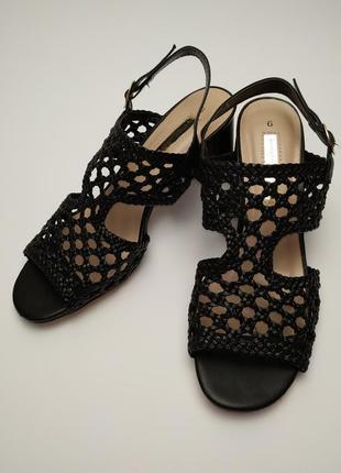 Туфли босоножки новые стильные dorothy perkins размер 39