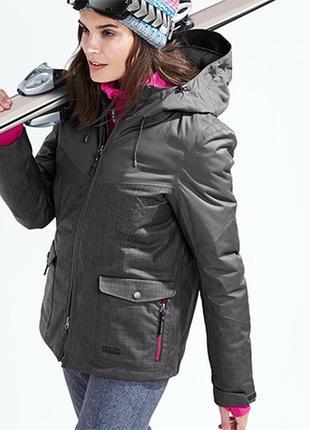 Технологичная, современная, комфортная лыжная, бордическая куртка от tchibo, германия