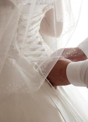 Шикарное пышное свадебное платье4 фото