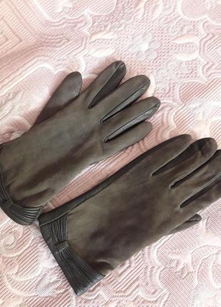 Кожаные перчатки с замшей