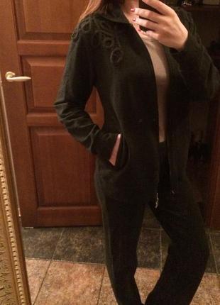 Дорогой прогулочный повседневный костюм мax mara